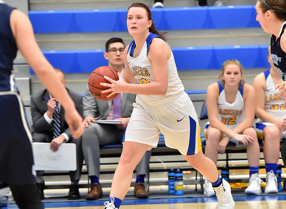Comeback Effort Falls Short for Women's Basketball Against Framingham