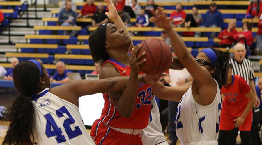 Jada Mickens had a double-double to lead the Blue Dragon women to a 78-70 victory over No. 18 Cowley on Wednesday in Arkansas City (Joel Powers/Blue Dragon Sports Information)