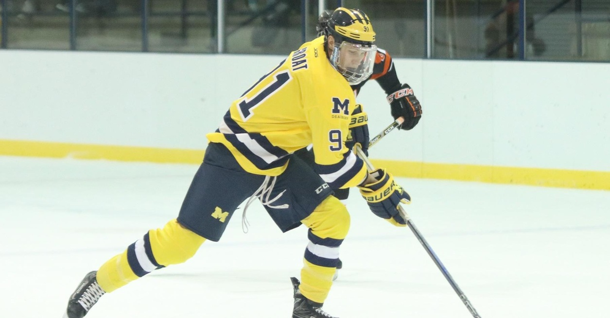 Men's Ice Hockey top No. 9 Eagles in series opener