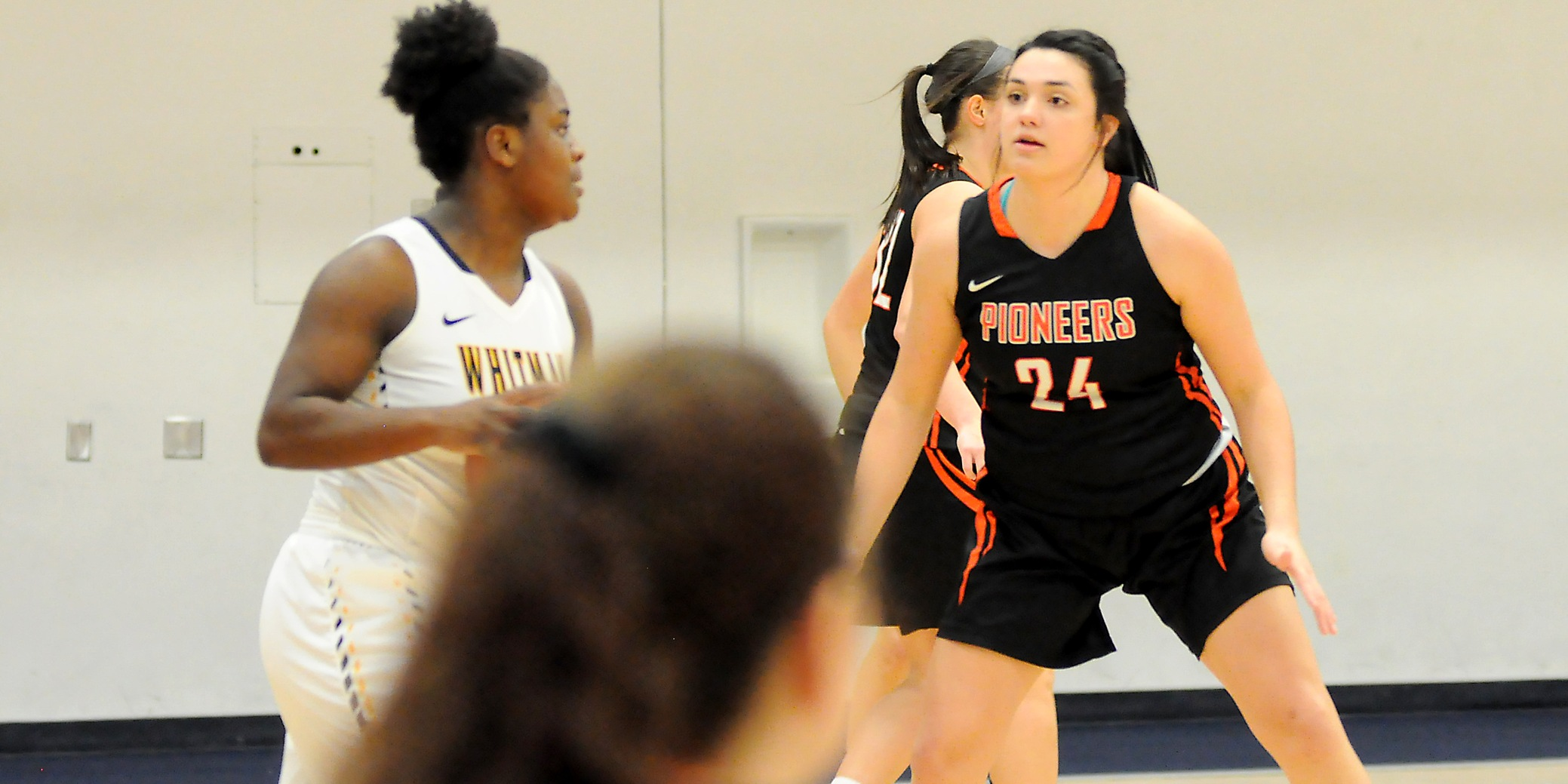 Rough shooting start hampers Pios against No. 8 Whitman