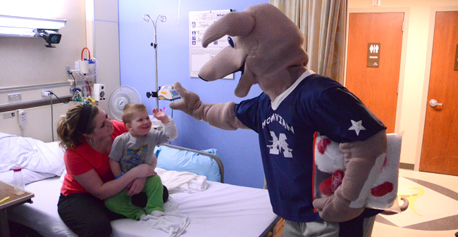 Greyhound Dawg Pack Makes Trip to St. Luke's Hospital