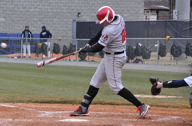 Baseball: Panthers rally to down Millsaps 5-4