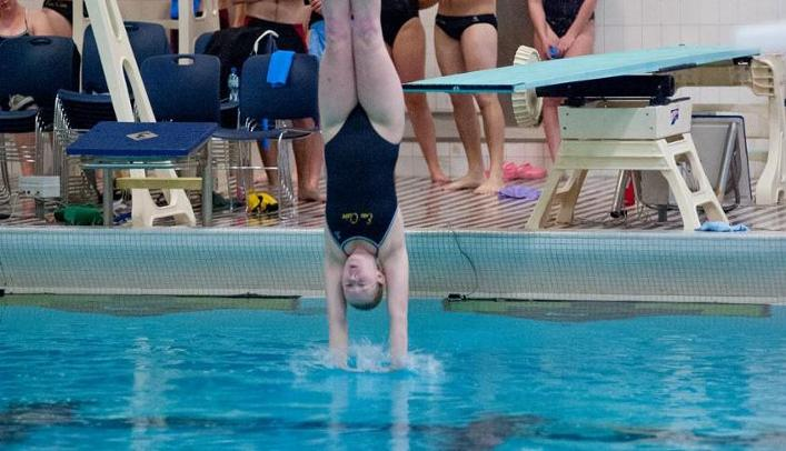 Women's Swimming & Diving Takes on St. Cloud and Stevens Point