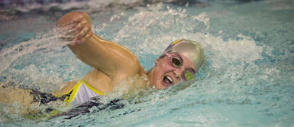 Women's swimming breaks team records at Transy Invitational