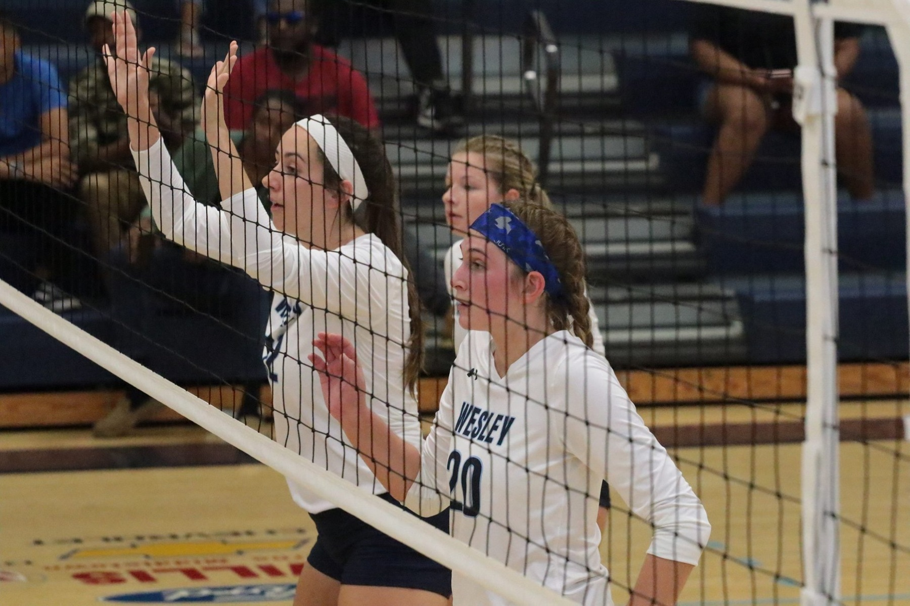 Volleyball Continues their Winning Streak at Washington Adventist in Three Sets, 3-0.