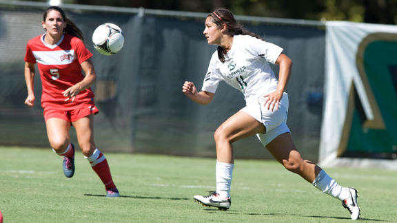 WOMEN'S SOCCER FALLS TO UNLV IN OVERTIME, 1-0
