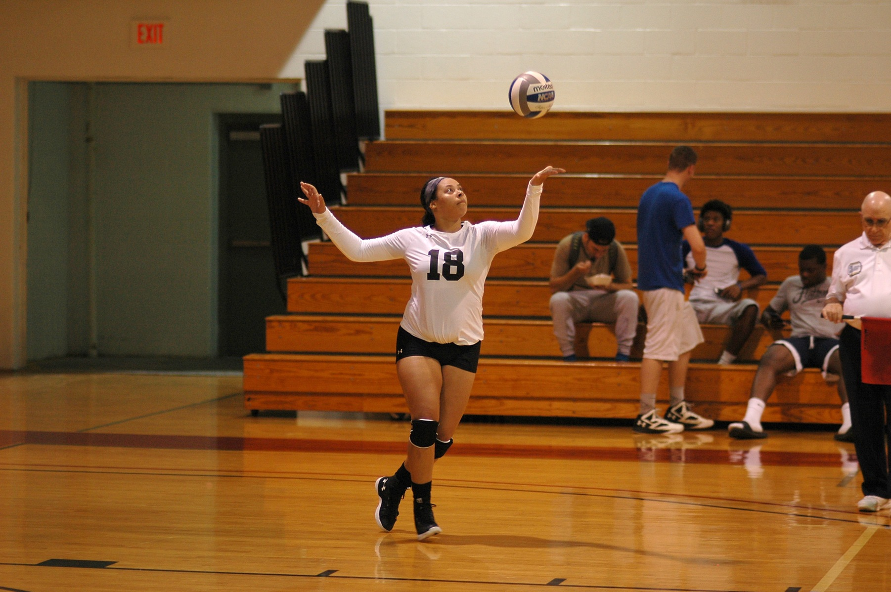 The women's volleyball team lost two matches tonight at the Maurader Clash