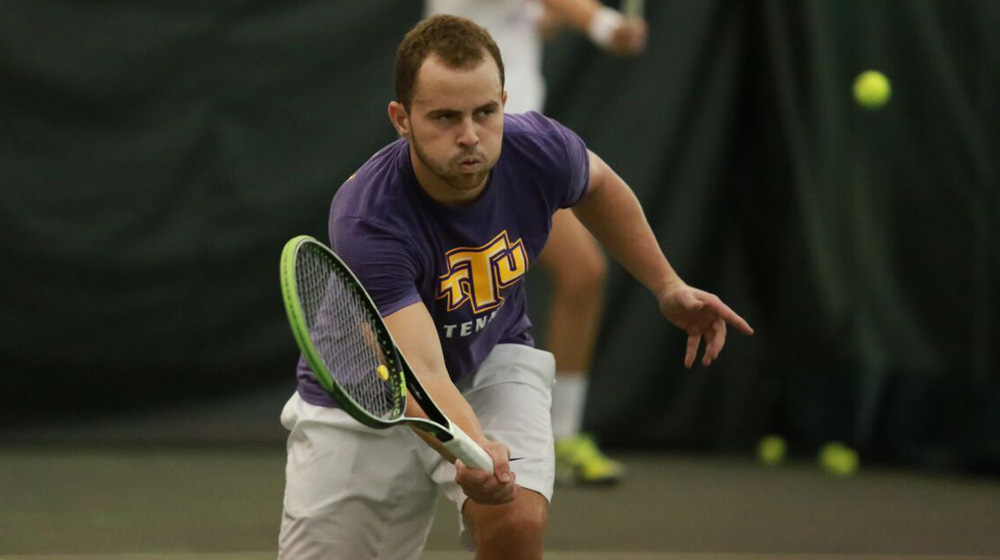 Golden Eagles suffer first setback of spring with 4-2 defeat at Chattanooga