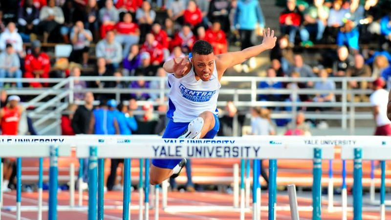 Men's Track & Field Places Six in Top 10