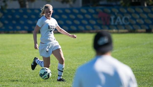 Women's Soccer Continues Dominance Over UW-Superior