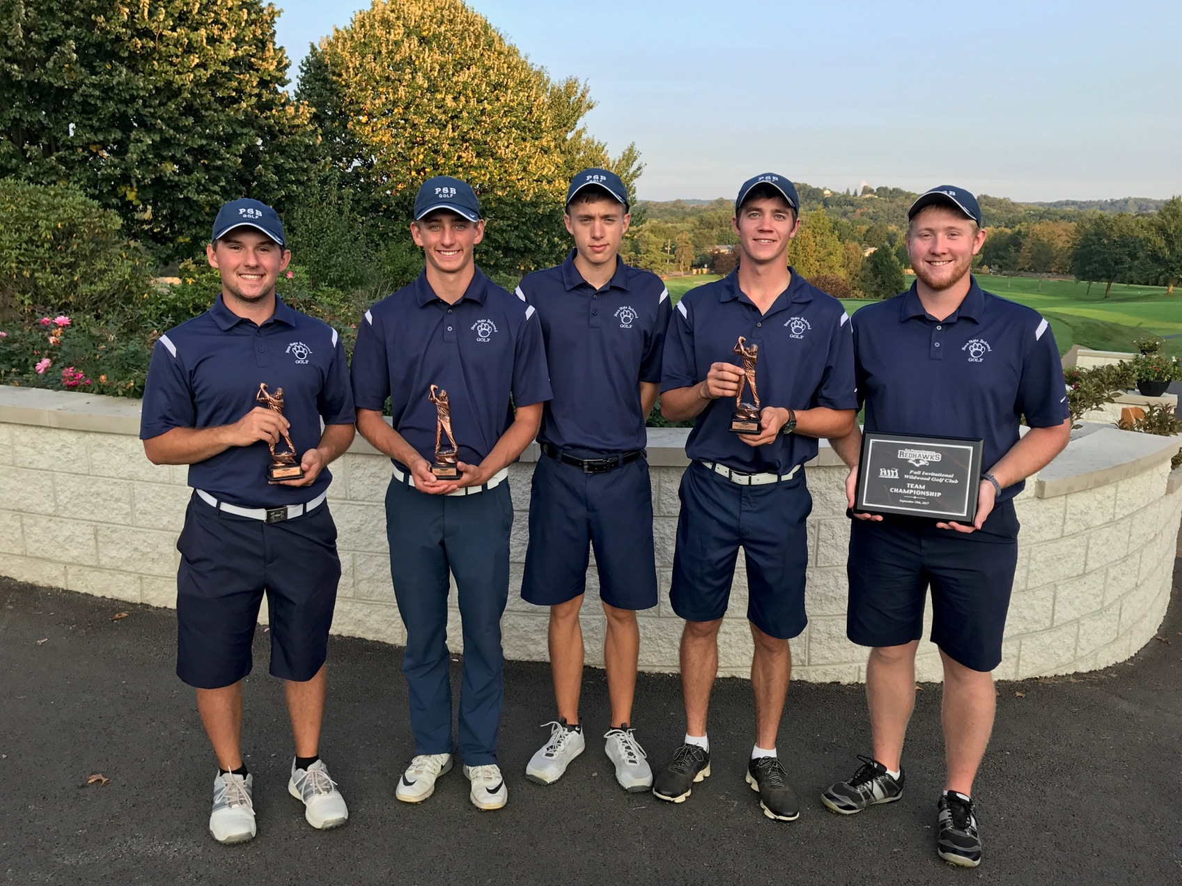 Men's Golf Wins La Roche Fall Invitational