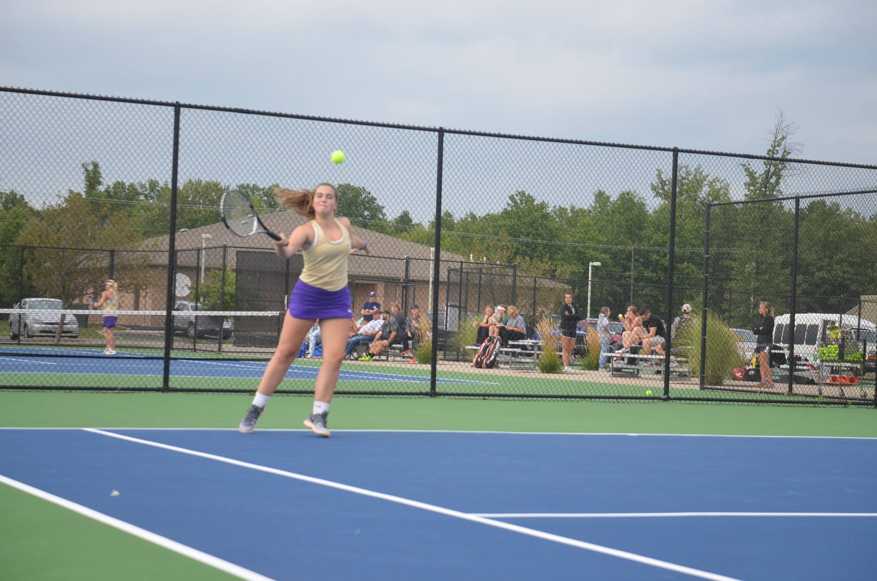 Yellow Jackets Narrowly Edged By Quakers