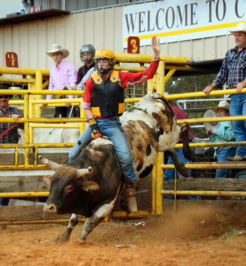 After a week-long stay in ICU for a bull riding injury, Jake Sellers comes back to reach CNFR