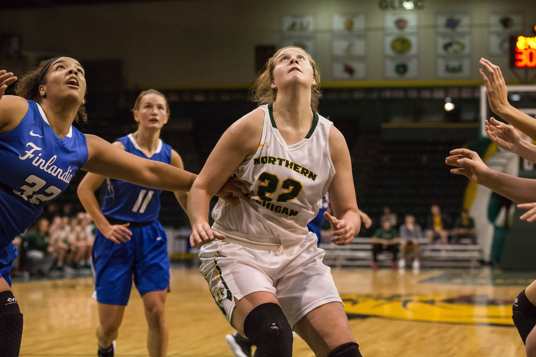 Strong Second Quarter Powers Wildcats to Victory Over SVSU