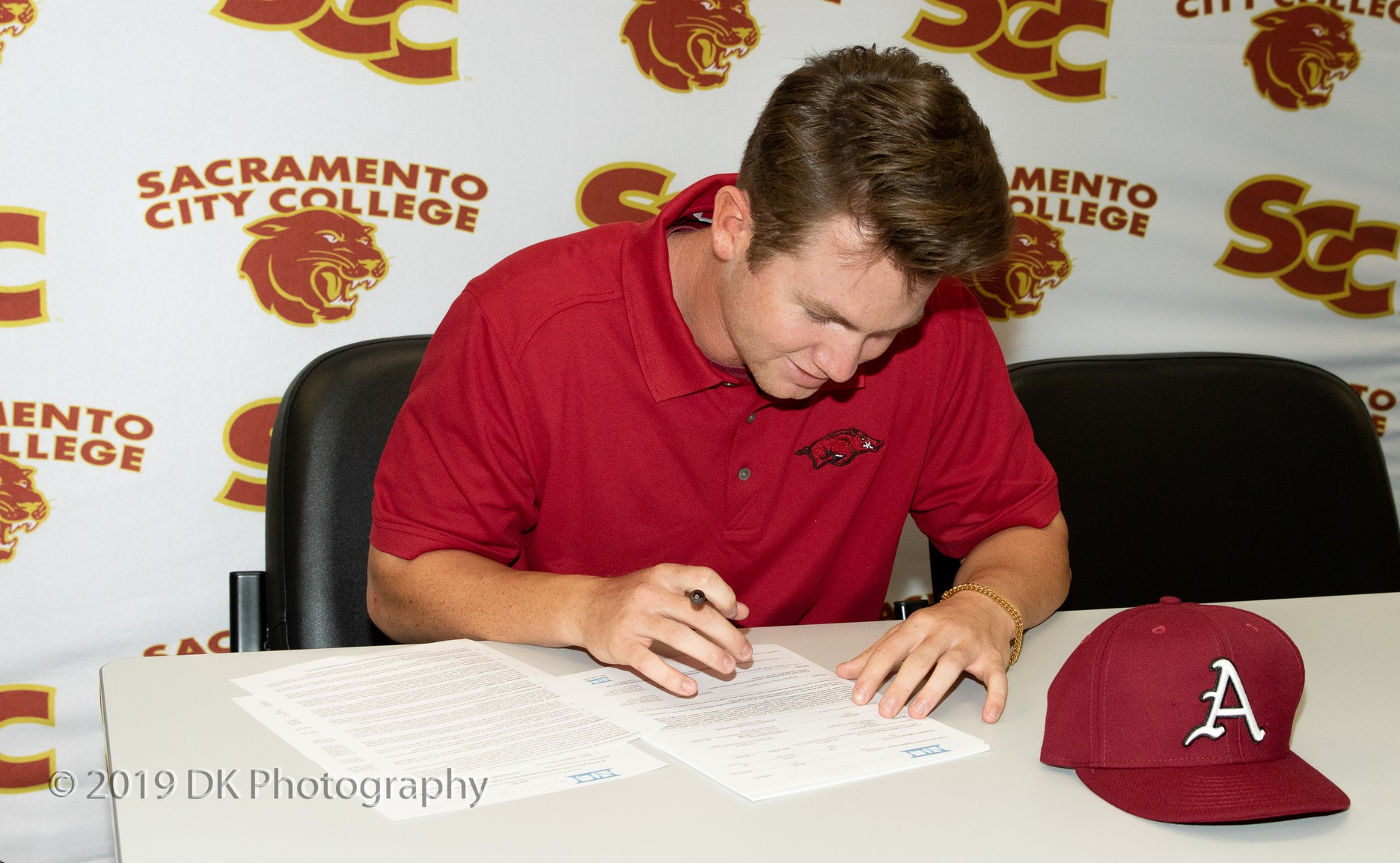 Costeiu signs his National Letter of Intent to play at the University of Arkansas