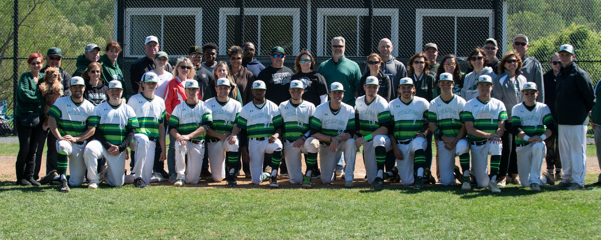 Mustangs Honor Seniors, Keep Postseason Hopes Alive With DH Sweep Of LVC