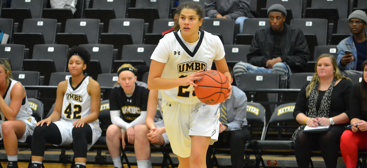Castaldo Ties Career High; UMBC Falls to Towson, 95-64 on Tuesday
