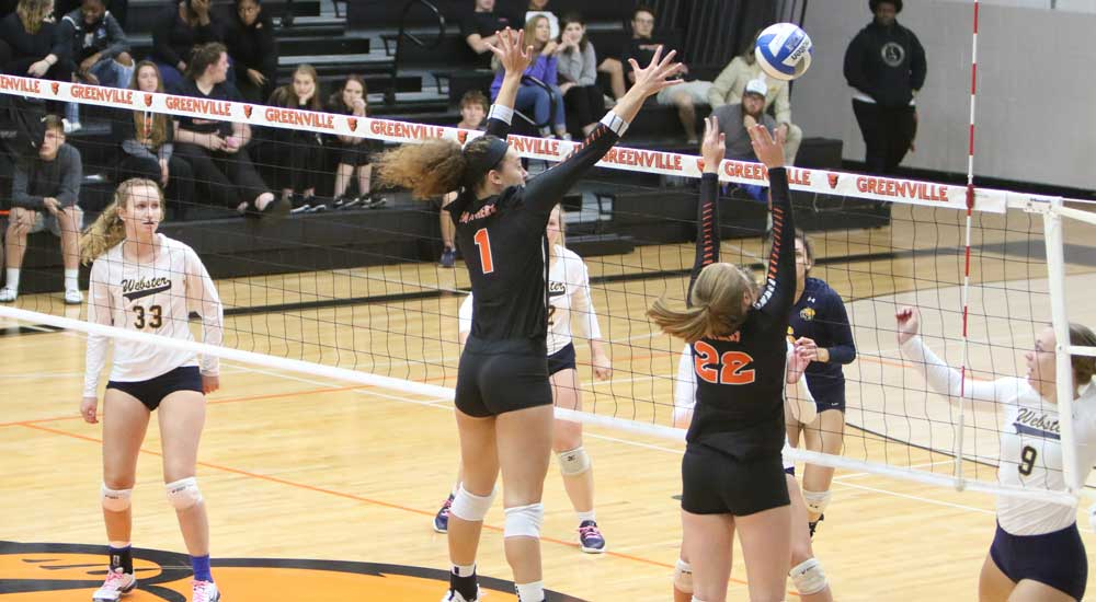 Women's volleyball races past Lincoln and Rose-Hulman
