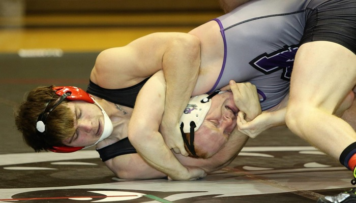 Wrestling competes at Messiah Tournament