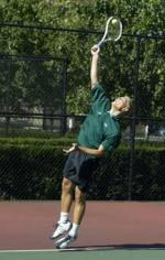 Men's Tennis Takes A Split Of Weekend Matches