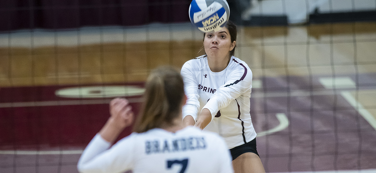 Wheaton Holds Off Women's Volleyball In Four Sets