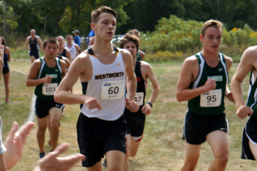 McSolla Wins at Bowdoin Invitational; Cross Country Finishes Second as a Team