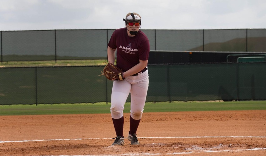 Softball Earns Two Victories on Opening Day