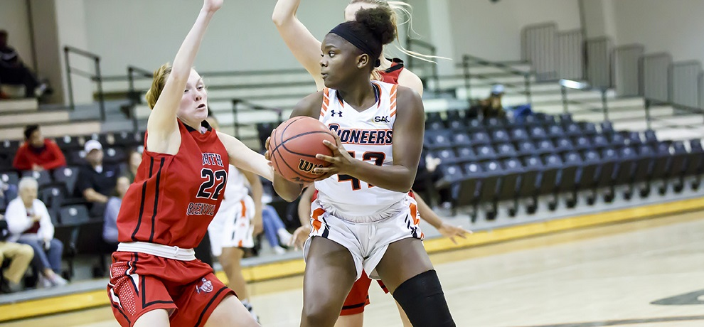 Virginia State pulls away in second half to defeat Pioneers
