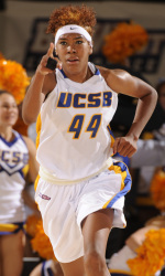 Williams and Valentine Lead UCSB to Huge First-Round Win