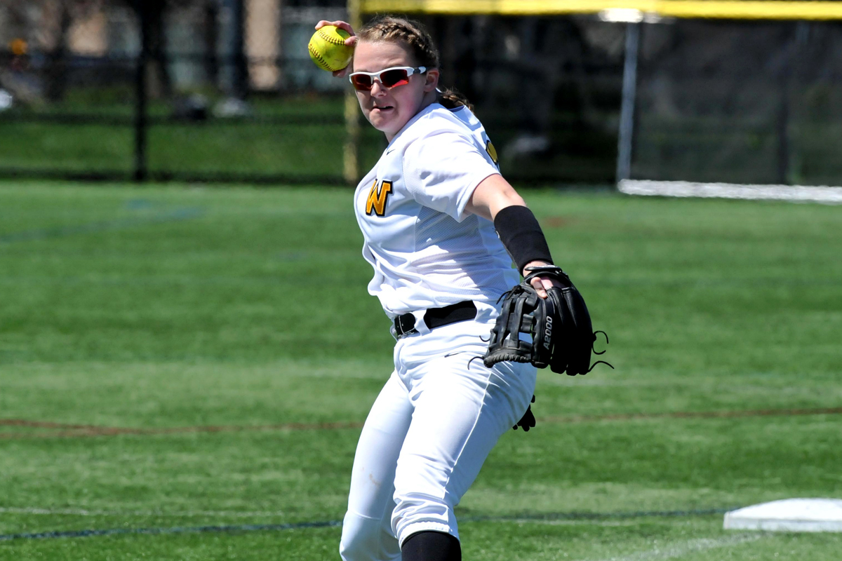 Softball Falls to Mt. Aloysius, Mary Baldwin