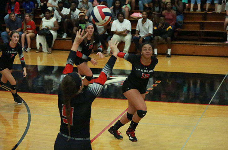 Volleyball: Panthers go 2-0 on first day of Huntingdon Invitational