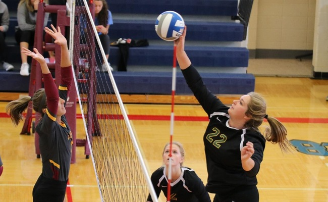 Katelyn Warren (22) led Keuka College with 12 kills in their victory over Medaille College