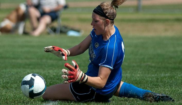 Women's Soccer Blanks Superior in Home, WIAC Opener