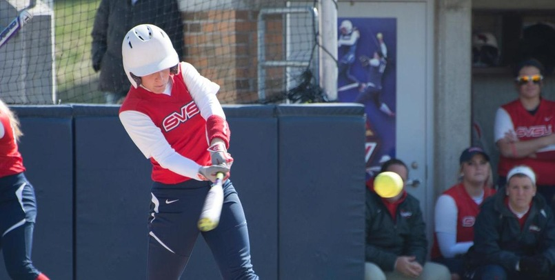 Softball Closes Weekend With Huge Sunday Sweep