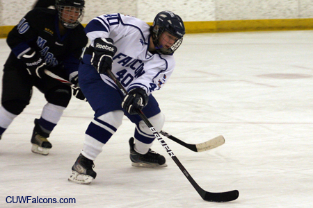 Women's Hockey hosts Finlandia in two-game weekend series