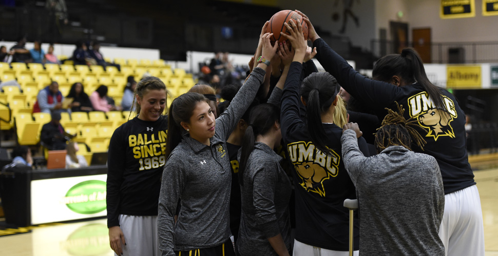 Women's Basketball Hits the Road for America East Matchup at Vermont