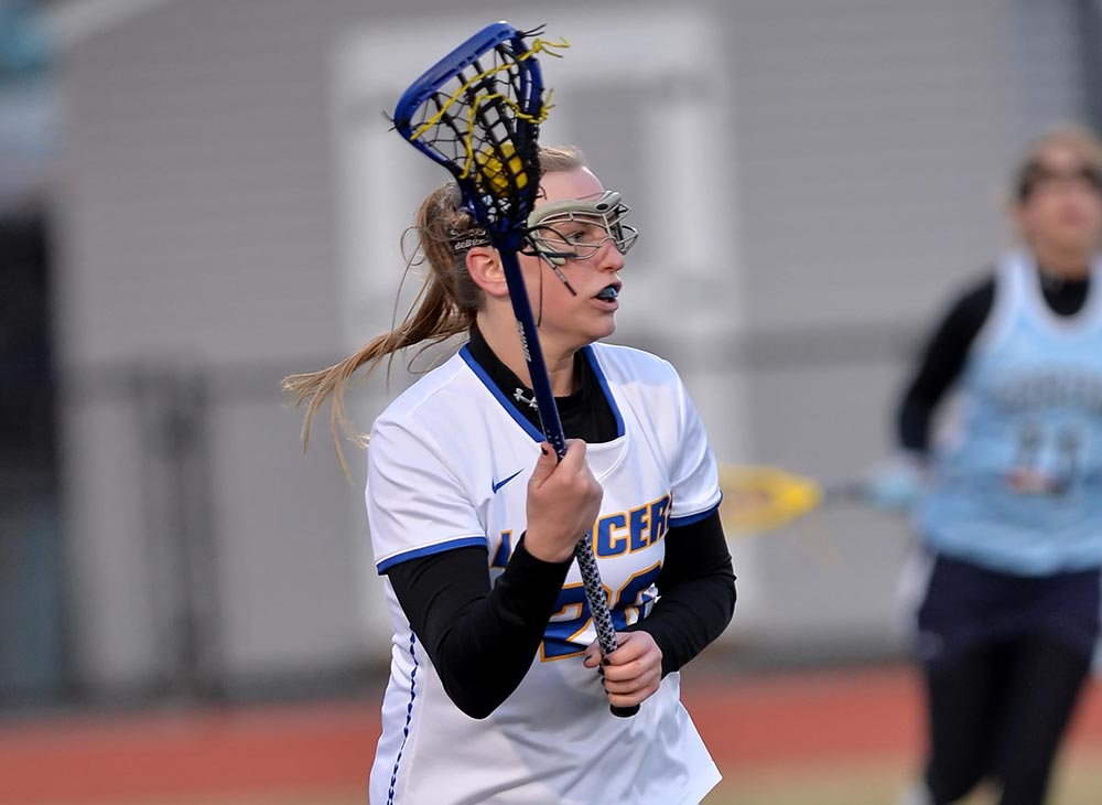 Women's Lacrosse Downed by Eastern Connecticut, 16-6