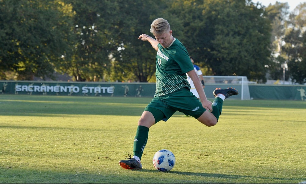 MEN'S SOCCER FALLS TO UC RIVERSIDE, 2-0, AFTER TWO SECOND-HALF GOALS