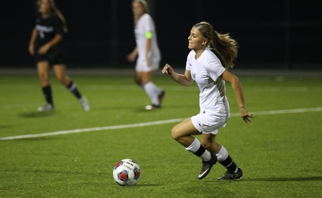 Reanna Hoefling scored her first career goal on Wednesday -- Photo by Alex Milazzo
