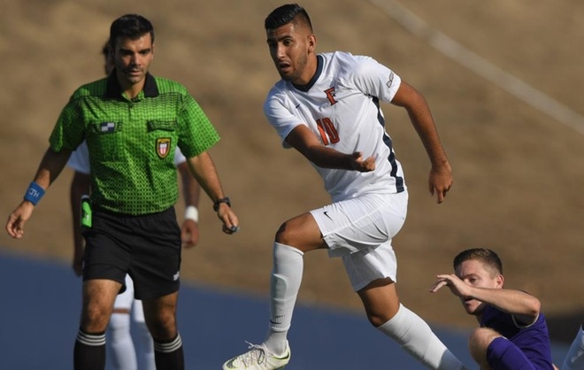 Coronado Strikes Pay Dirt in 100th Minute to Give Titans 1-0 Victory
