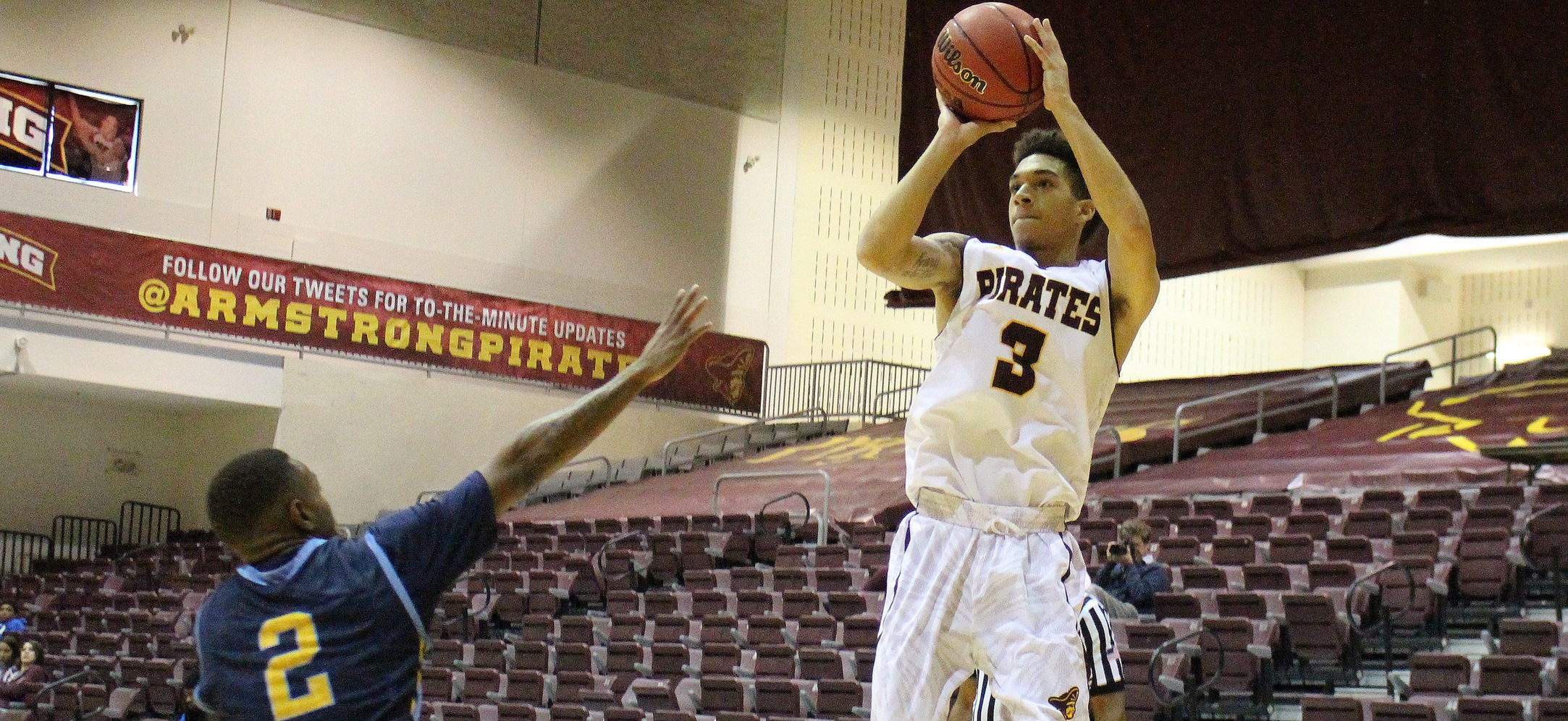 Young Harris Holds Off Armstrong State Men's Basketball, 98-94