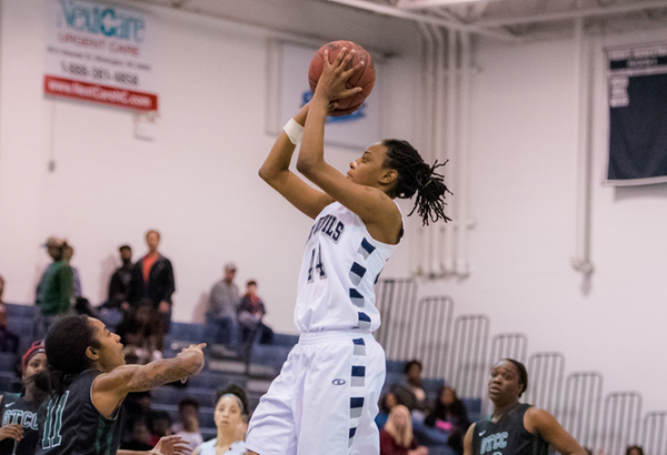 Cape Fear Women's Basketball Advances to Championship