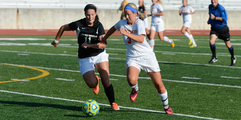 Women's soccer drops hard-fought match to William Penn