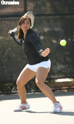 Women's Tennis Defeats UC Santa Cruz