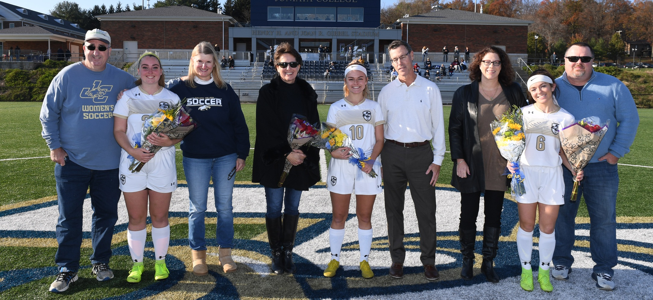 Royals Top Eagles on Senior Day