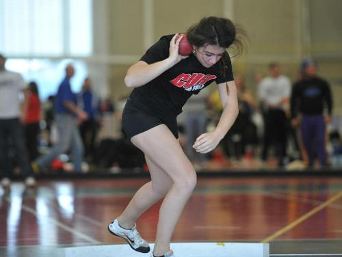 Women's Track and Field Competes at Battleground Relays