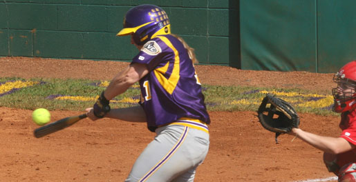 Three RBI from Gates lifts Tech to 5-2 upset over No. 1 JSU