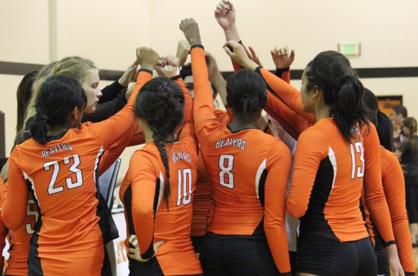 Third Set Rally Falls Short for Volleyball Against SCIAC Foe Chapman