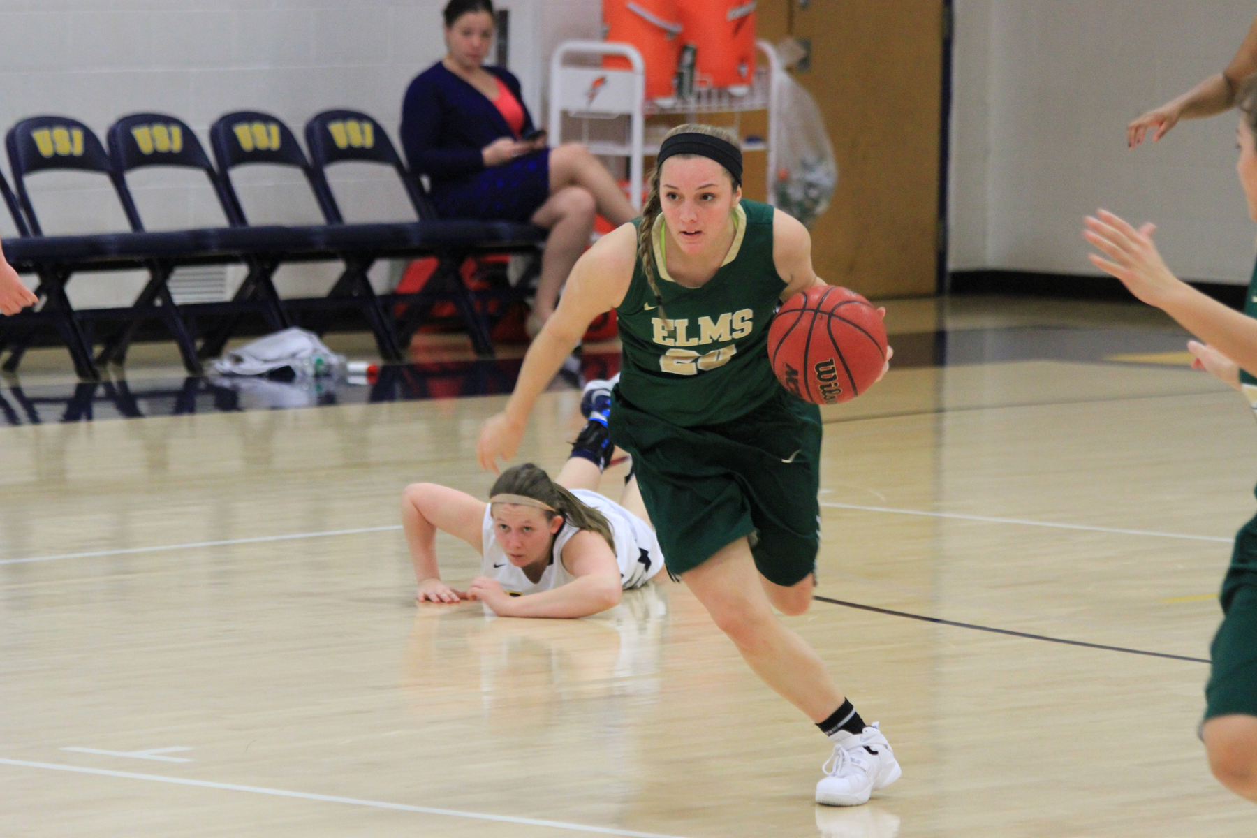 Turnovers hinder women's basketball in loss at Newbury