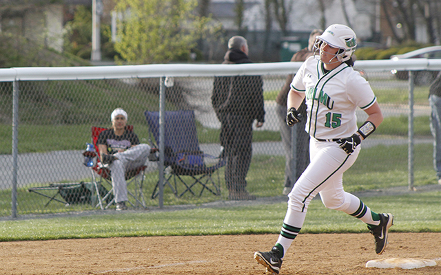 Winning Streak Stretched to 10 Straight as the Long Ball Leads Wilmington Softball to 7-1 and 8-0 Victories over USciences